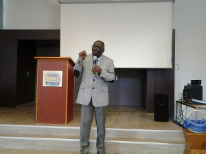 Pastor Edsel Jansen